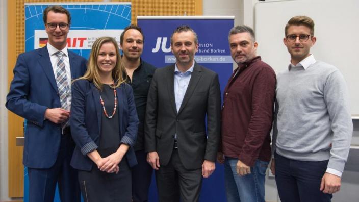 Hendrik Wüst MdL, MIT- Vorsitzende Christina Hoffs, Christian Nießing, Thomas Jarzombek MdB, Kenneth Breeze und JU-Vorsitzender Marvin Barkanowitz